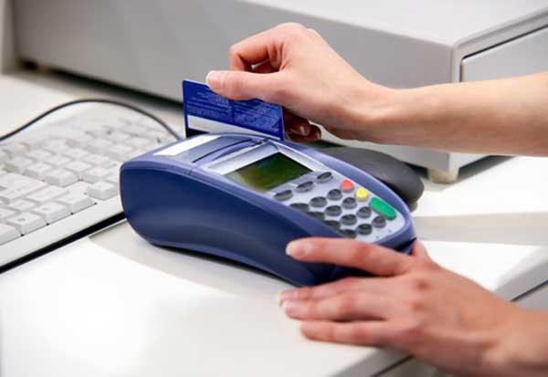 Online bankuen eta kreditu-txartelen erabilera