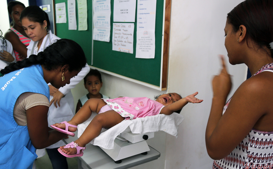 Kubako medikuek alde egingo dute Brasildik