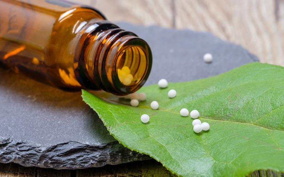 Zer dugu homeopatiaren alde, zer kontra